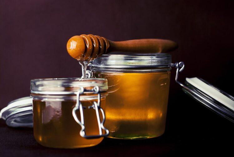Šta znači sanjati med?