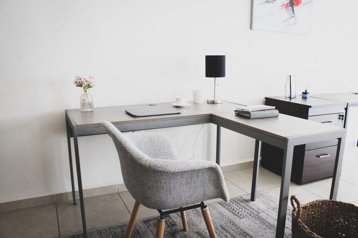 Šta znači sanjati sto?